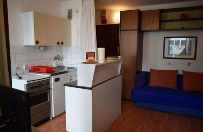 Oportunity!!!! Apartment 2nd floor by the sea 200m