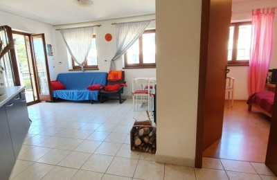 FLAT ON THE FIRST FLOOR - ATTRACTIVE LOCATION TO THE SEA 200m